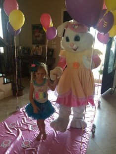 Easter Bunny Dallas, DFW Easter Bunny, Bunny costume Dallas, Easter ideas dallas, best dallas easter bunny, hire an easter bunny, rent easter bunny, egg hunt, dallas, easter dallas, easter entertainment dallas-fort worth